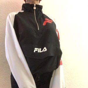 Fila wind breaker never worn